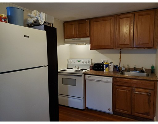 Picture 12 of 10 Becket St  Salem Ma 11 Bedroom Multi-family