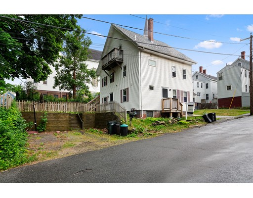 Picture 2 of 3 Clark St  Amesbury Ma 4 Bedroom Multi-family