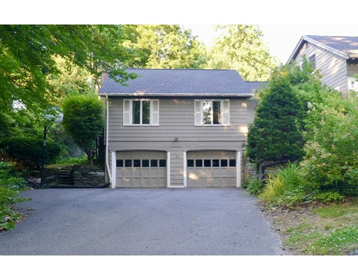 3 bed, 2 bath home in Amherst for $529,000