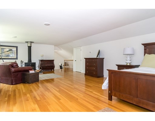 Picture 12 of 26 Skyline Dr  Wellesley Ma 4 Bedroom Single Family