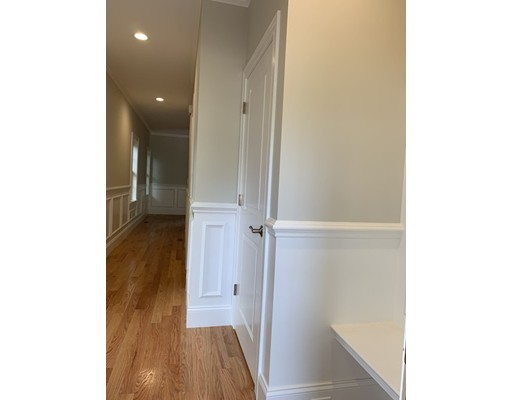 Picture 3 of 16 Grapevine Ave  Lexington Ma 4 Bedroom Single Family