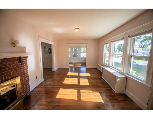 Picture 3 of 88 Oak St  Dedham Ma 4 Bedroom Single Family