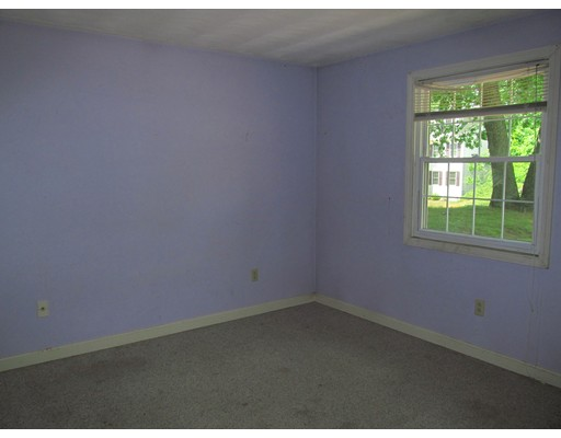 Picture 10 of 10 Algonquin Rd  Chelmsford Ma 5 Bedroom Single Family