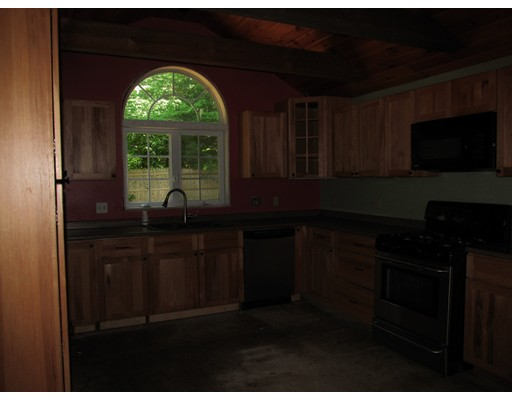 Picture 12 of 10 Algonquin Rd  Chelmsford Ma 5 Bedroom Single Family