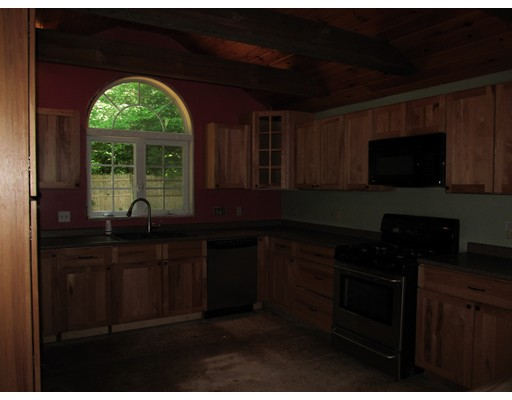 Picture 13 of 10 Algonquin Rd  Chelmsford Ma 5 Bedroom Single Family