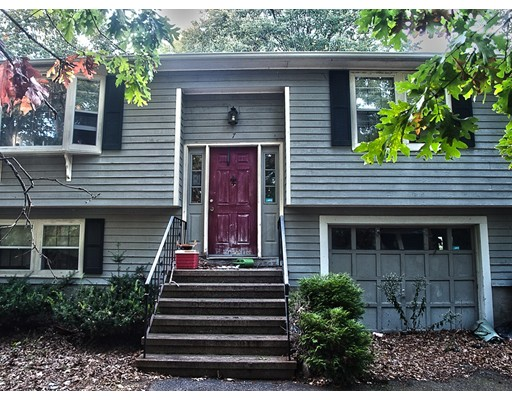 Picture 2 of 7 Hope Ln  Dedham Ma 3 Bedroom Single Family