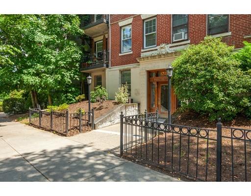 Picture 10 of 1746 Commonwealth Ave Unit 4 Boston Ma 1 Bedroom Condo