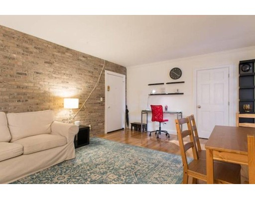 Picture 3 of 75 Waldemar Ave Unit 101 Boston Ma 1 Bedroom Condo