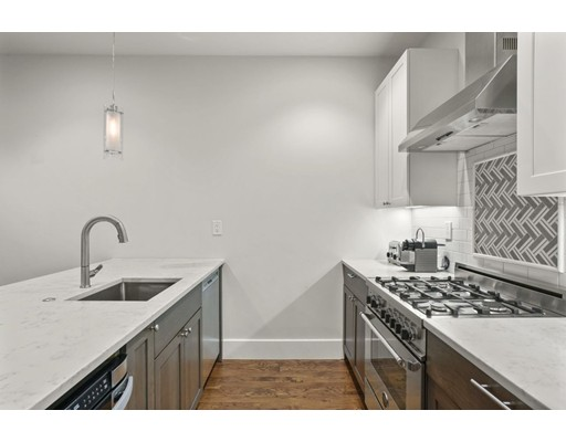 Picture 2 of 191 West Eighth St Unit 1 Boston Ma 2 Bedroom Condo
