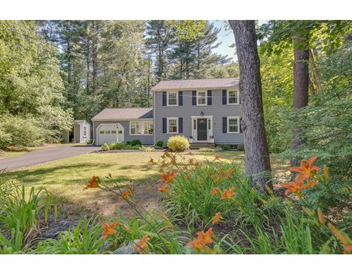 Picture 2 of 49 Whippoorwill Lane  Concord Ma 3 Bedroom Single Family