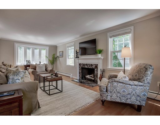 Picture 6 of 49 Whippoorwill Lane  Concord Ma 3 Bedroom Single Family