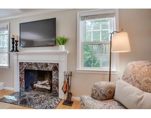 Picture 7 of 49 Whippoorwill Lane  Concord Ma 3 Bedroom Single Family