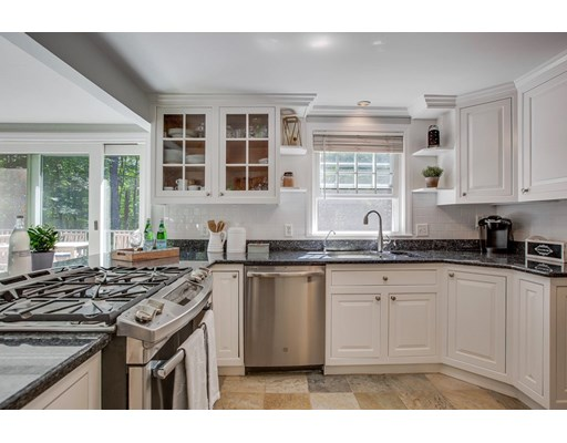 Picture 8 of 49 Whippoorwill Lane  Concord Ma 3 Bedroom Single Family