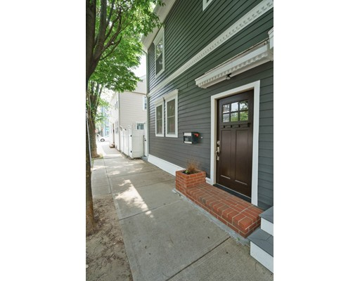 4 Beds, 2 Baths home in Boston for $950,000