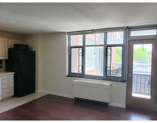 Picture 5 of 125 Trapelo Rd Unit 21 Belmont Ma 1 Bedroom Rental