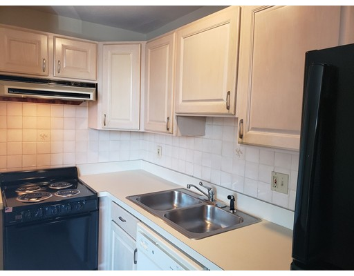 Picture 6 of 125 Trapelo Rd Unit 21 Belmont Ma 1 Bedroom Rental