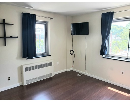 Picture 12 of 125 Trapelo Rd Unit 21 Belmont Ma 1 Bedroom Rental