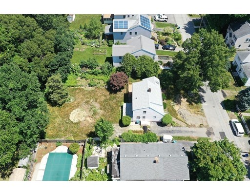 Picture 8 of 78 Arcadia Ave  Waltham Ma 3 Bedroom Single Family
