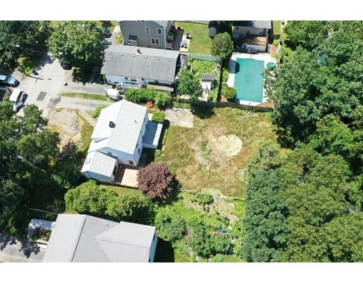 Picture 9 of 78 Arcadia Ave  Waltham Ma 3 Bedroom Single Family