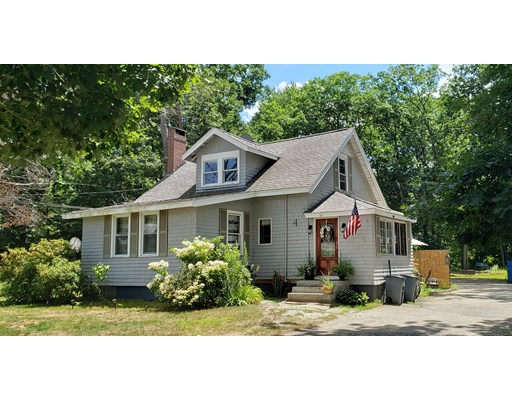 Picture 1 of 27 Pike St  Salisbury Ma  4 Bedroom Multi-family#