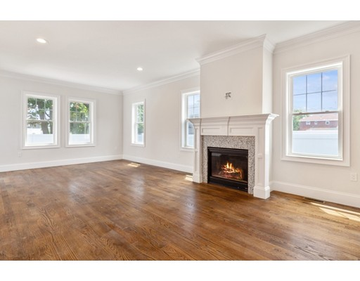 Picture 11 of 78 Central St  Waltham Ma 3 Bedroom Single Family
