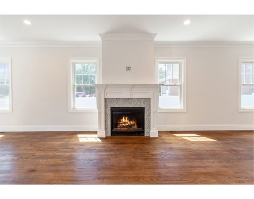 Picture 12 of 78 Central St  Waltham Ma 3 Bedroom Single Family