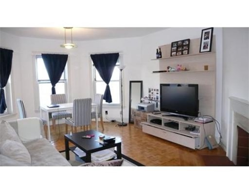1 Bed, 1 Bath apartment in Boston, Back Bay for $2,995