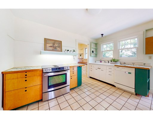 Picture 10 of 11 Lovell Rd  Watertown Ma 4 Bedroom Single Family