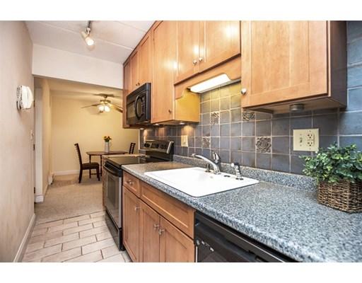 Picture 6 of 60 Pleasant St Unit 204 Arlington Ma 1 Bedroom Condo