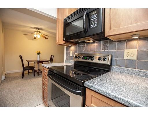 Picture 7 of 60 Pleasant St Unit 204 Arlington Ma 1 Bedroom Condo