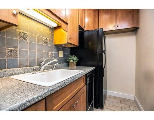 Picture 8 of 60 Pleasant St Unit 204 Arlington Ma 1 Bedroom Condo