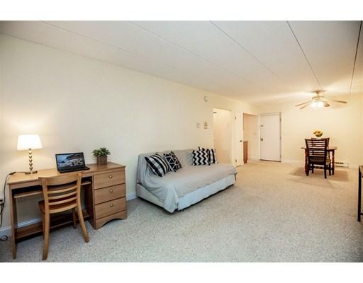 Picture 11 of 60 Pleasant St Unit 204 Arlington Ma 1 Bedroom Condo