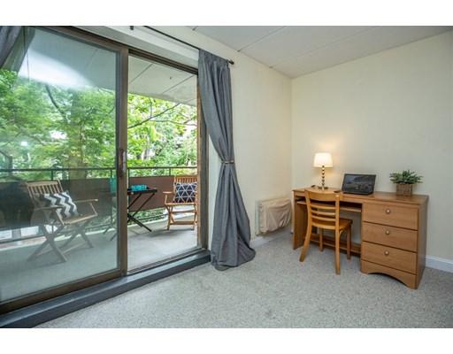 Picture 13 of 60 Pleasant St Unit 204 Arlington Ma 1 Bedroom Condo