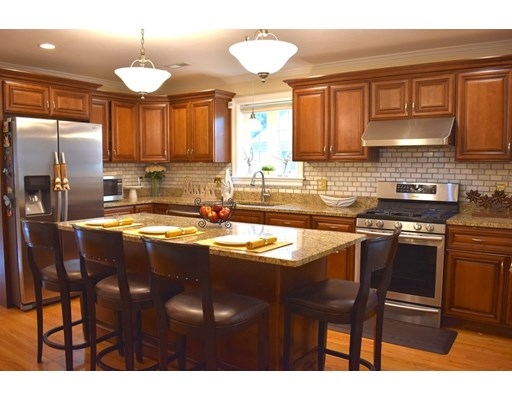 Picture 4 of 27 John St  Quincy Ma 4 Bedroom Single Family