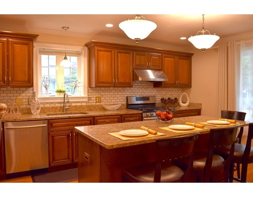 Picture 5 of 27 John St  Quincy Ma 4 Bedroom Single Family