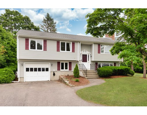 Picture 1 of 14 Manchester Pl  Natick Ma  3 Bedroom Single Family#