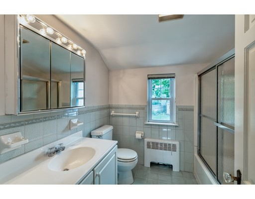 Picture 11 of 49 Fordham Rd  Newton Ma 3 Bedroom Single Family