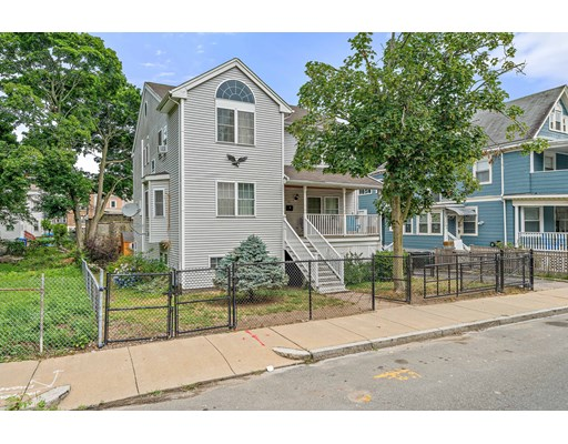 4 Beds, 2 Baths home in Boston for $650,000