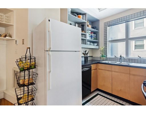 Picture 5 of 25 Highland Ave Unit 1r Cambridge Ma 2 Bedroom Condo