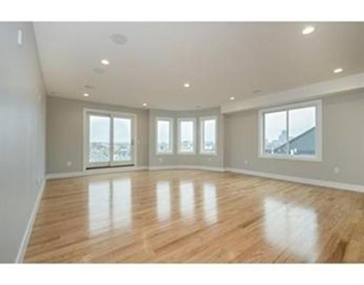 339 West Broadway, Boston, Massachusetts, MA 02127, 2 Bedrooms Bedrooms, 4 Rooms Rooms,Rental,For Rent,4853003