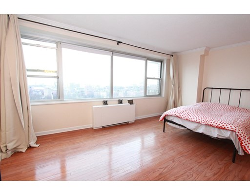 151 Tremont St #18M Floor 18