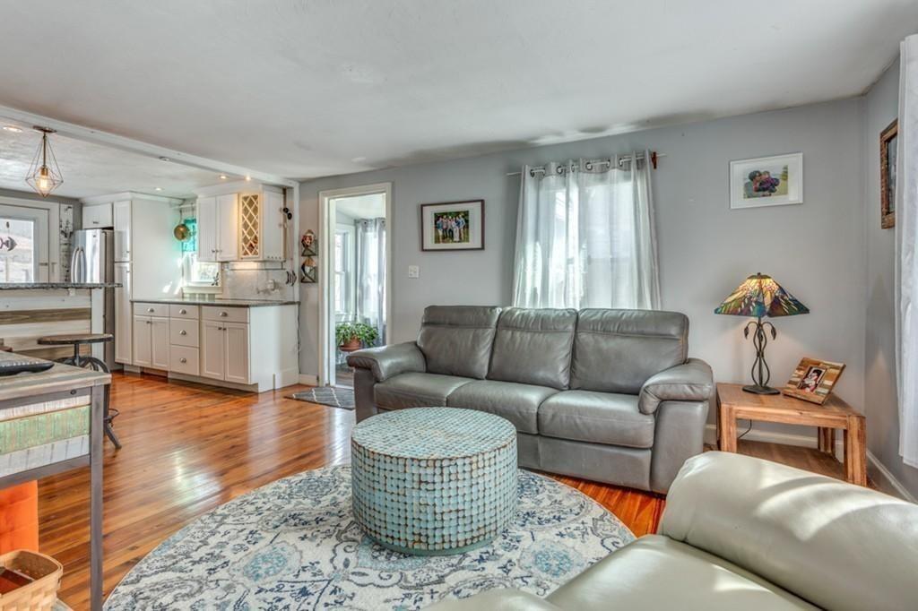 13 E St Hull Ma Massachusetts 02045 Hull Real Estate Hull Home For Rent