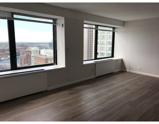 85 East India Row #27E Floor 27