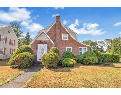 Massachusetts 01001, 3 Bedrooms Bedrooms, ,2 BathroomsBathrooms,Single Family,For Sale,72715499