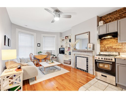 Property for sale at 154 W Concord St - Unit: 3A, Boston,  Massachusetts 02118