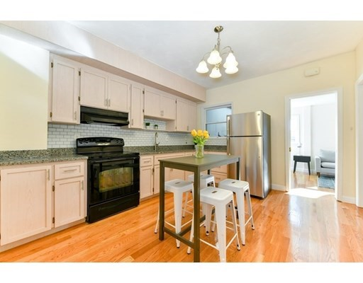 Property for sale at 281 Chelsea Street - Unit: 2, Boston,  Massachusetts 0