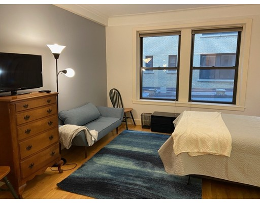 Property for sale at 464 Commonwealth Ave - Unit: 27, Boston,  Massachusetts 02215