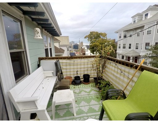 17-19 Sunset Street, Boston, Massachusetts, MA 02120, 1 Bedroom Bedrooms, 3 Rooms Rooms,Rental,For Rent,4857429