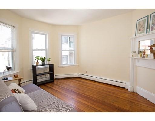 97 Calumet Street, Boston, Massachusetts, MA 02120, 3 Bedrooms Bedrooms, 5 Rooms Rooms,Rental,For Rent,4858958