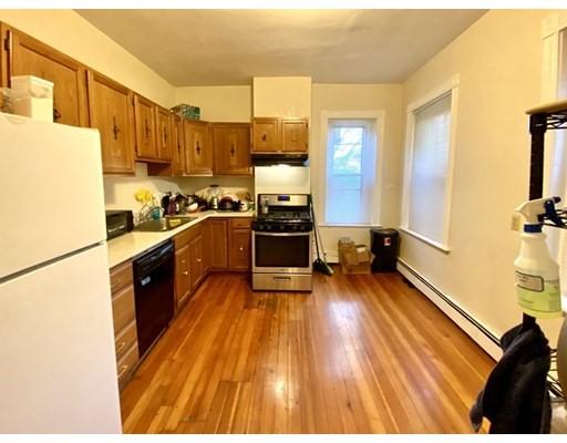 97 Calumet Street, Boston, Massachusetts, MA 02120, 3 Bedrooms Bedrooms, 5 Rooms Rooms,Rental,For Rent,4858959